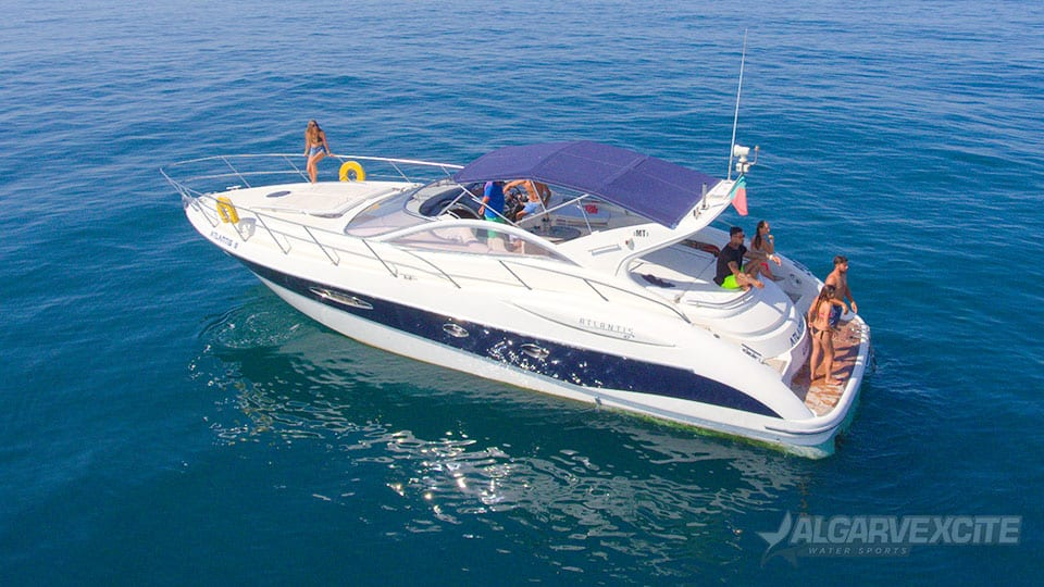 atlantis private boat rental