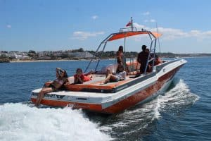 Large and Comfy Boat Rental